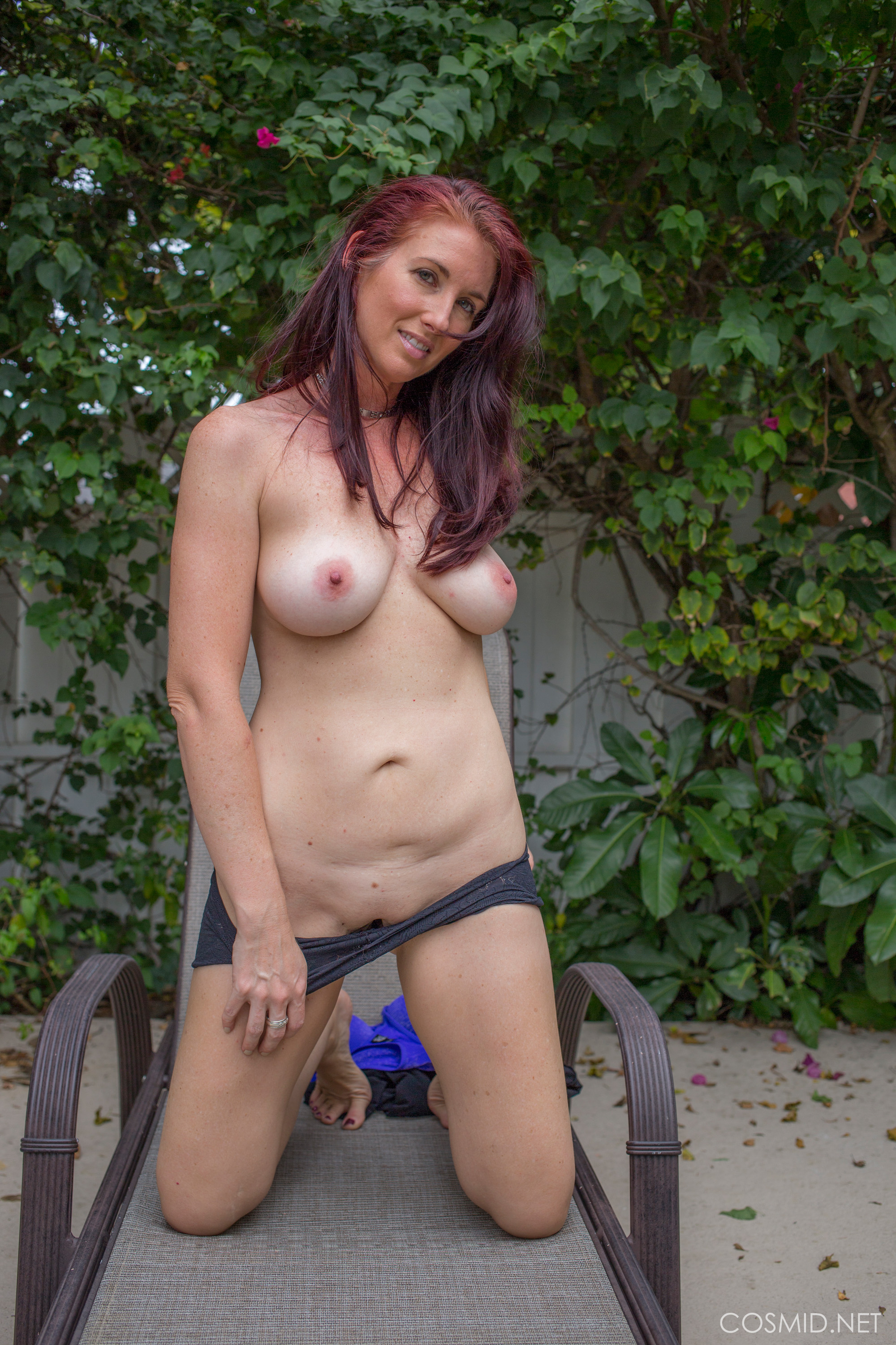 Welcome to Cosmid - Sexy Amateurs, Busty Amateurs ...